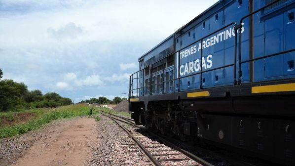 Argentina selects Chinese companies to restore freight lines and supply trains
