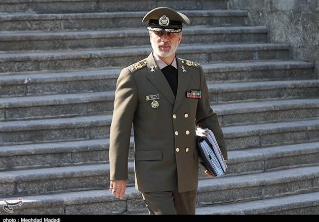 واکنش وزیر دفاع به توقیف نفتکش ایرانی در جبلالطارق+فیلم