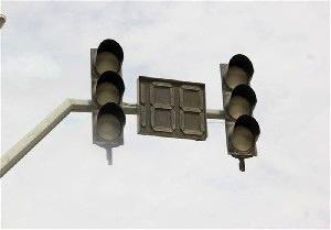 طرح خاموش نشدن چراغهای راهنمایی تهران در صورت قطع برق آغاز شد