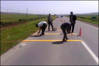 مناقصه ترسیم نقوش٬فلش و خط نوشته ترافیکی بر روی سطح جاده