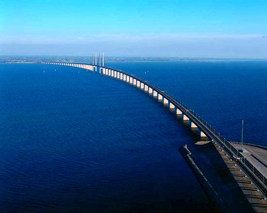 پل معروف «اورسوند» مرز بین دانمارک و سوئد+ عکس