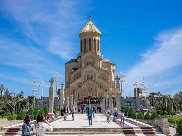 کلیسای جامع تثلیث گرجستان  در تور گرجستان