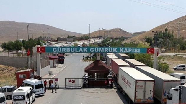 تردد عادی کامیونهای ایرانی در مرزها