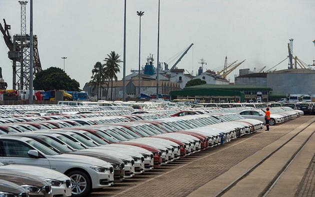 ترخیص خودروهای دپو شده در مناطق آزاد