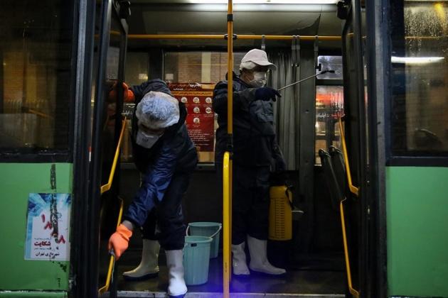 شورا: با کمبود مواد ضدعفونیکننده در حمل و نقل عمومی روبرو هستیم/ شهرداری: مشکلی نداریم