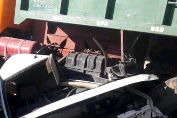 برخورد پراید و کامیون در جاده یاسوج به کاکان دو کشته برجا گذاشت