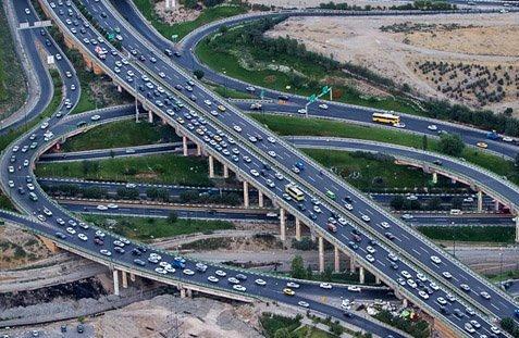 ترافیک نیمه سنگین در آزادراه کرج - تهران
