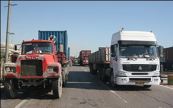 انجمنهای صنفی کامیونداران قادر به حمایت از رانندگان نیستند