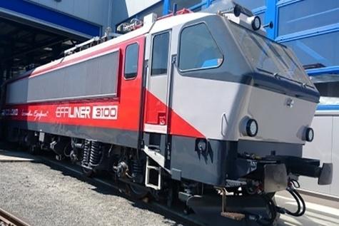 EffiLiner ۳۰۰۰ locomotive unveiled