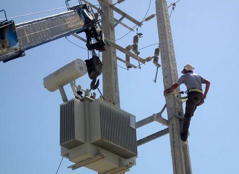 بندرتجاری سجافی در هندیجان به شبکه برق سراسری کشور متصل شد