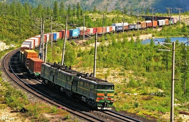 صادرات ریلی از ایستگاه راه آهن شهید مطهری خراسان رضوی پنج برابر شد
