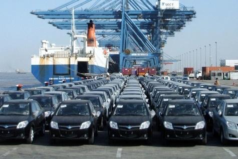 مقررات باید برای کل خودروهای ورودی به کشور یکسان باشد