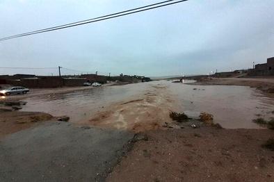 قطع راه ارتباطی روستای «چم رستمیان» پلدختر بر اثر سیلاب