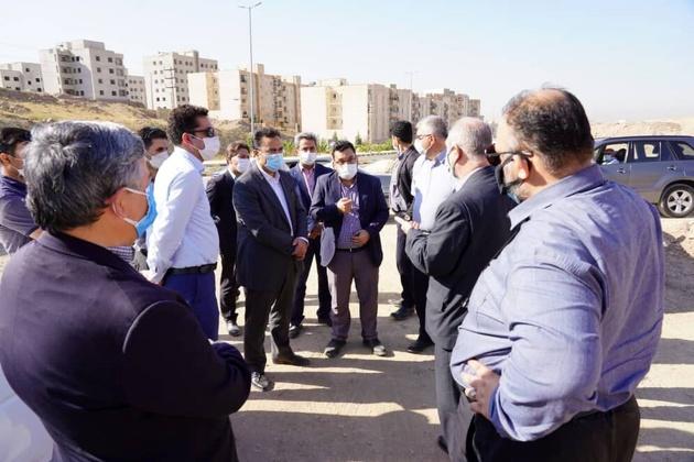 بازدید سرزده معاون وزیر راه از زیر ساخت های مسکن مهر هشتگرد
