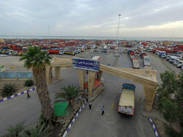 انتقاد رانندگان از استراحتگاه پایانه بار بندر امام