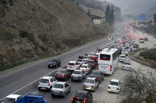 ترافیک نیمه سنگین در آزادراه کرج_تهران
