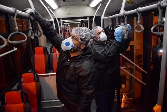 تصاویر| ضدعفونی کردن اتوبوسهای تهران
