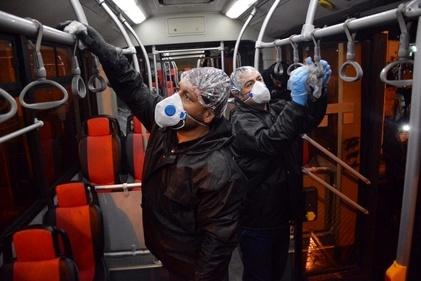 ضدعفونی کردن اتوبوسهای تهران