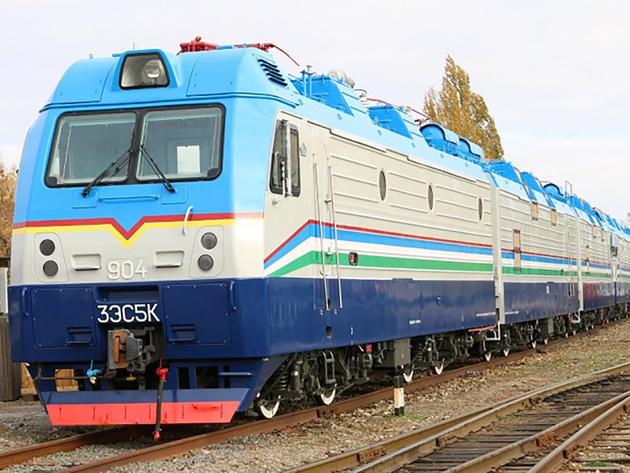 Electric locomotives handed over to Uzbekistan Railways