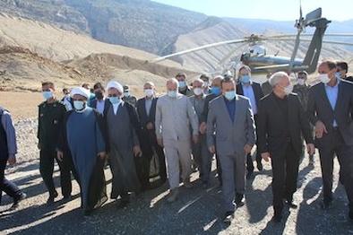 بازدید رئیس مجلس شورای اسلامی از تونل در حال احداث کبیرکوه در استان ایلام