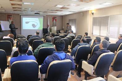 باز آموزی قوانین ترافیکی به رانندگان ناوگان راهداری خراسان شمالی