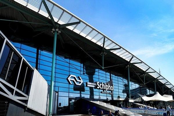 فرودگاه آمستردام به دلیل تهدید بمبگذاری تعطیل شد