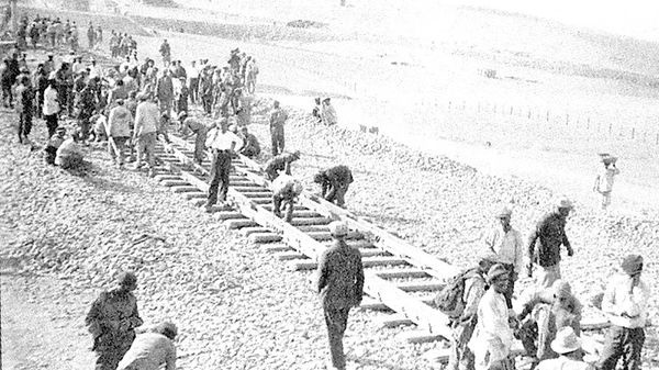 بررسی مناقشات پیرامون مسیر راهآهن در ایران - سال ۱۹۱۹