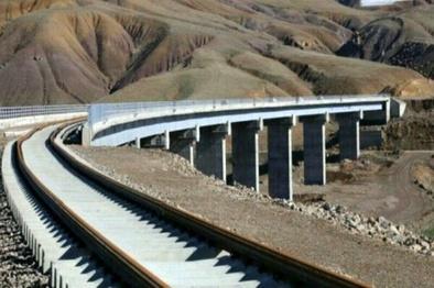 چند دلیل برای اهمیت تکمیل راه آهن میانه به تبریز