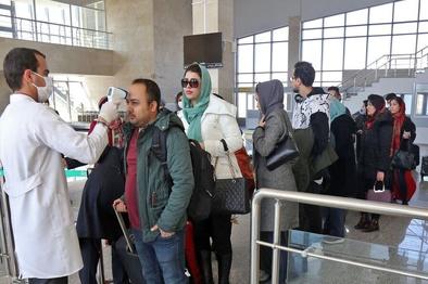 پرواز نجف - تهران/ خبری از تست کرونا در فرودگاه امام نبود