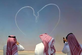 عکس/ پرواز نمایشی در ایرشو 2017 دبی