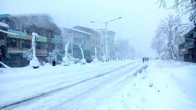 فوت ۲ نفر در پی بارش برف در گیلان