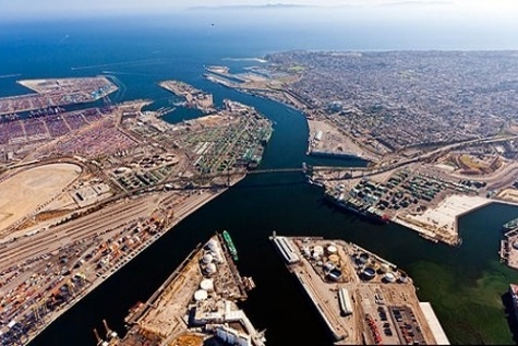 Port of Duqm signs three land lease agreements