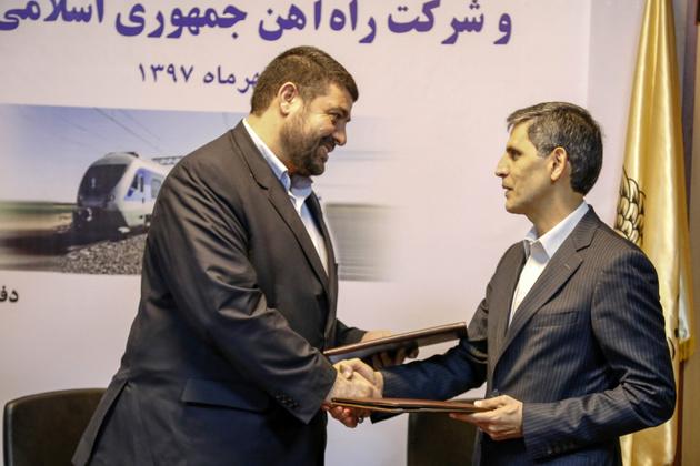 تفاهمنامه همکاری بین راهآهن و اورژانس منعقد شد