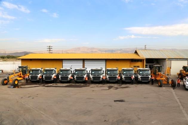 تجهیز ناوگان راهداری استان قزوین به هشت دستگاه کامیون ولوو FMX