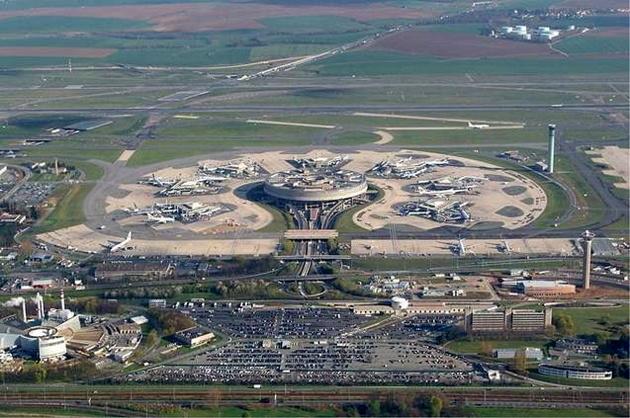 بهره برداری از فرودگاه سقز در سال 99