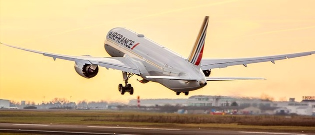 Air France takes delivery of its seventh Boeing 787