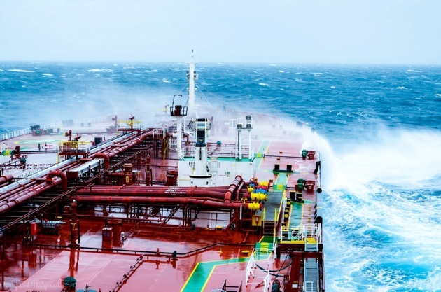 Chemical Tanker Collides with Frigate in Taiwanese Port