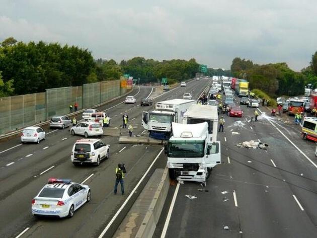 بررسی راهکارهای کاهش تلفات سوانح جادهای در کنفرانس استکهلم