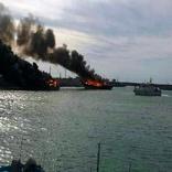 (فیلم) آتشسوزی در لنجهای اسکله عامری