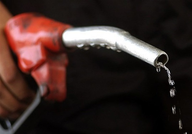 پیشبینی افزایش قیمت بنزین و گازوئیل در مناطق مرزی در سال 98