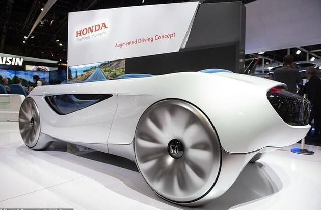"""""""هوندا"""" فرمان خودرو را دوباره اختراع کرد!"""