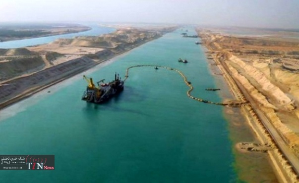 ۲۲۶ ships transit the Suez Canal in first week of October