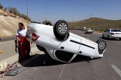 واژگونی خودرو در مهریز ۲ کشته و هشت زخمی برجا گذاشت