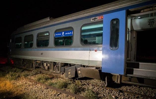 وضعیت مسافران قطار حادثه دیده تهران -بندرعباس بررسی شود