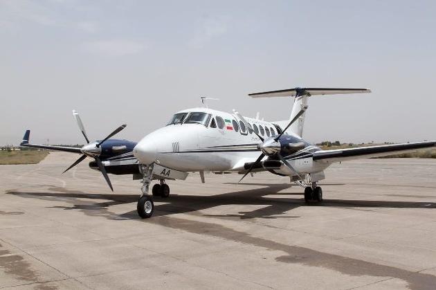 بررسی پروازی سیستم روشنایی پاپی فرودگاه بیرجند انجام شد