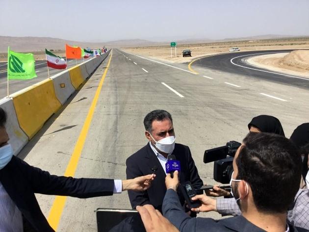 تسهیل ارتباط ترافیکی بین قزوین و همدان با افتتاح کنارگذر ساوه