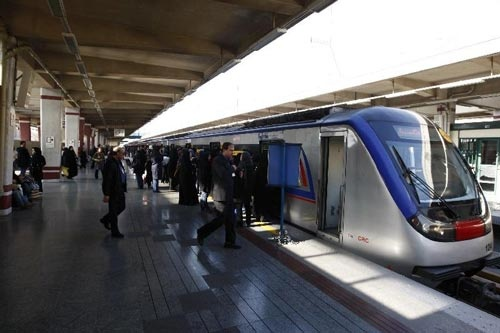 رکورد سفر روزانه با مترو تهران از مرز 7 میلیارد گذشت
