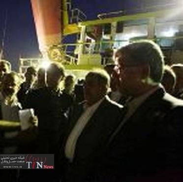بازدید مدیرعامل سازمان بنادر و دریانوردی از آبراه بین المللی اروند