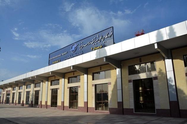 نصب تجهیزات جدید رادیویی در برج مراقبت فرودگاه یزد
