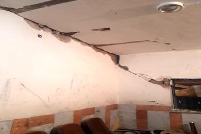 ۱۸۰۰ خانه در زلزله سیسخت تخریب شد
